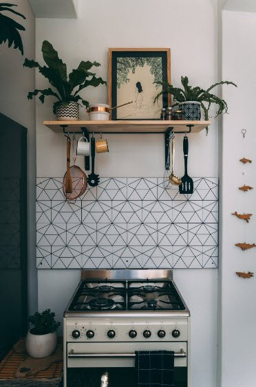 """Gas powered kitchen stoves oftentimes have minor gas leaks. Call a local """"gas plumber near me"""" professional to get it fixed."""